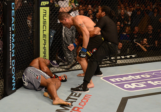 ufc156_09_bigfoot_vs_overeem_014